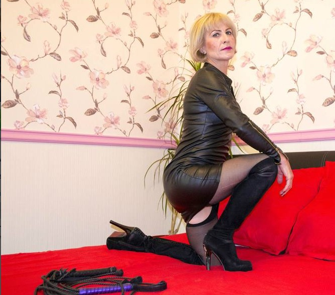 blond mature mistresses